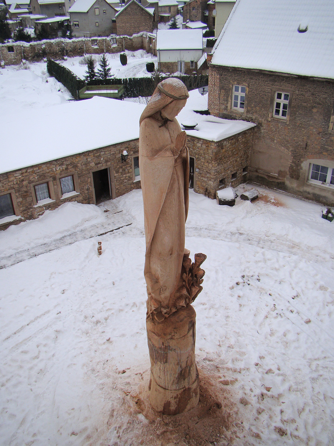 Virgin Mary Sculpture